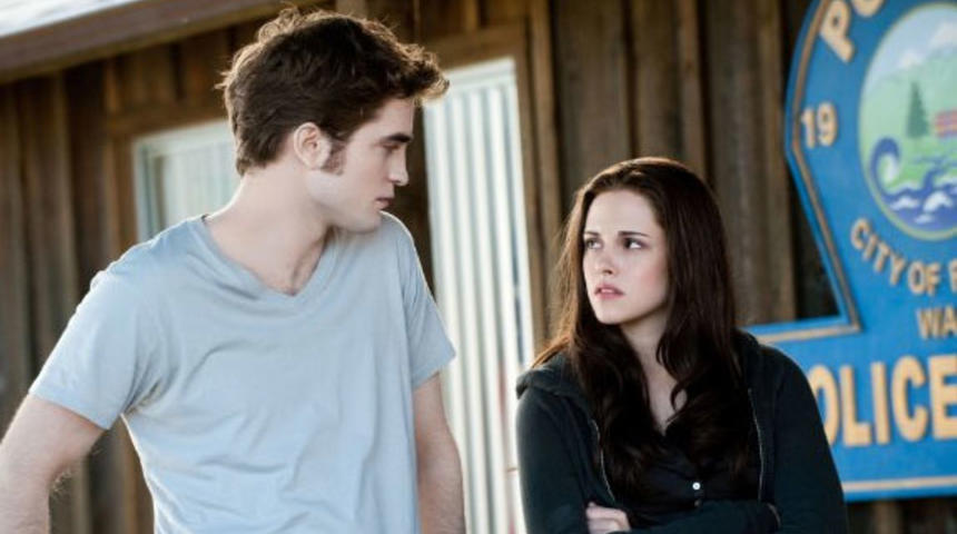 The Twilight Saga: Breaking Dawn sera officiellement scindé en deux films