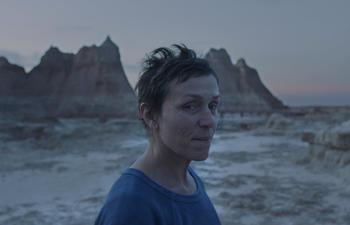 Oscars 2021 : Nomadland triomphe dans une soirée diversifiée et distanciée