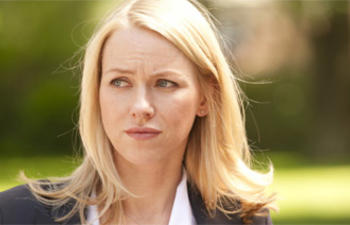 Naomi Watts sera la Princesse Diana dans Caught in Flight