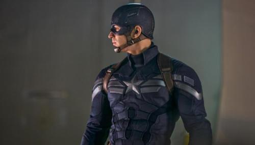 Chris Evans pourrait endosser à nouveau le costume de Capitaine America