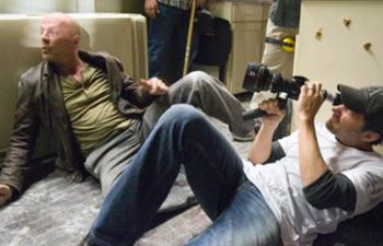 Quatre réalisateurs en lice pour remplacer Noam Murro