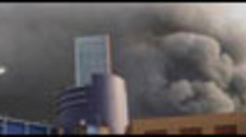 Un violent incendie détruit une partie des studios Universal