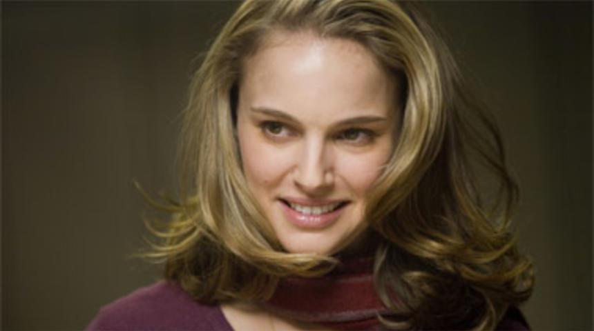 Natalie Portman et Ashton Kutcher seront bientôt un peu plus que des amis