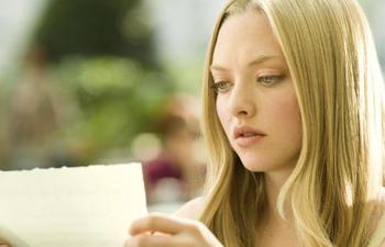 Amanda Seyfried dans le rôle de Cendrillon