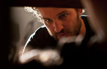 Jason Clarke dans Dawn of the Planet of the Apes