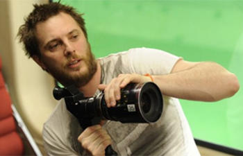 Duncan Jones délaisse la biographie de Ian Flemming pour Warcraft